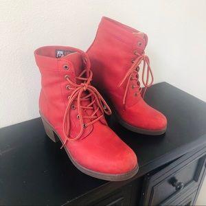 Kodiak boots- nearly new